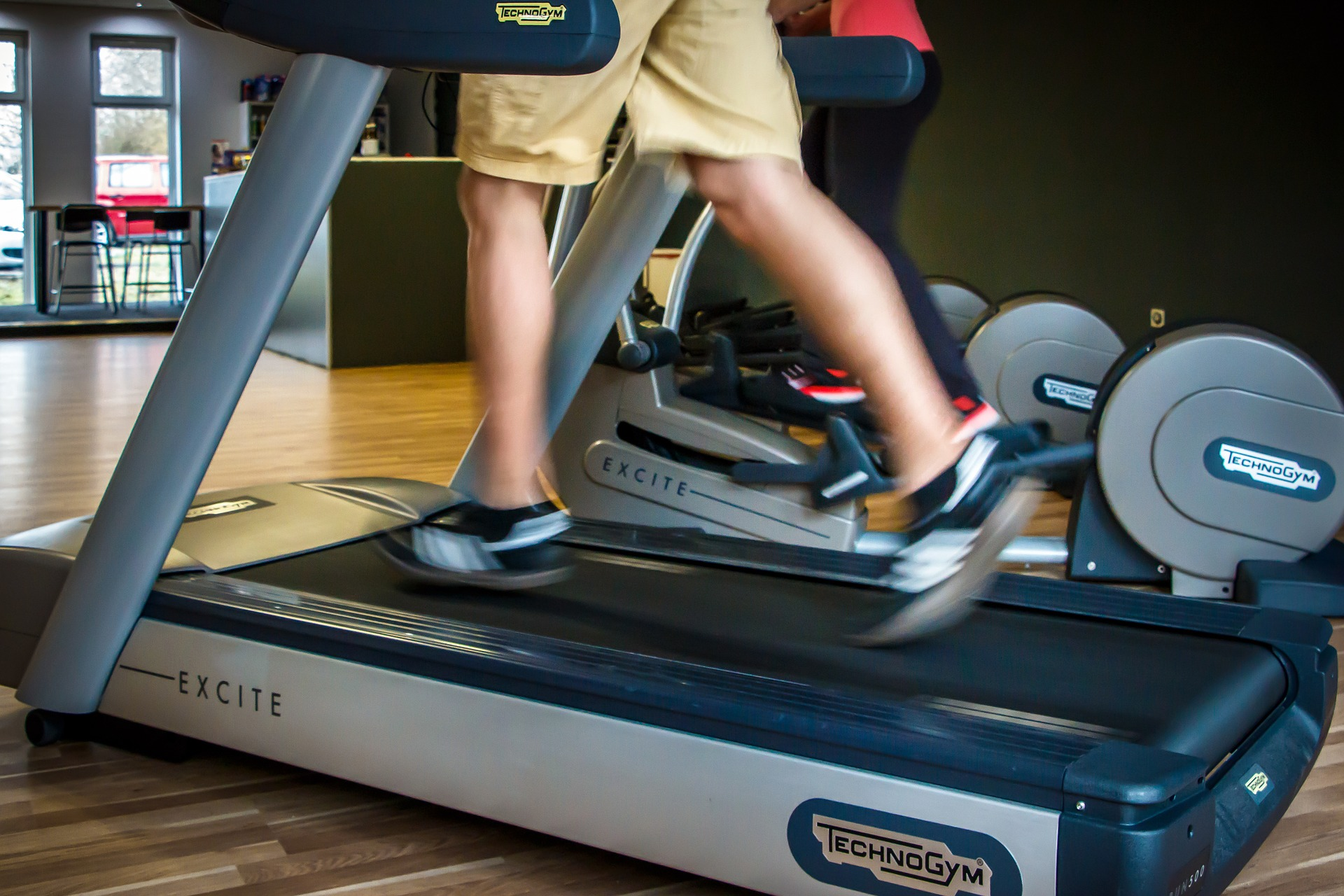 What treadmill speed helps me burn fat and lose weight? - Fat