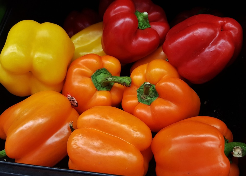 bell-peppers-1420709_1920